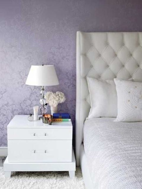 Purple decorative touches3