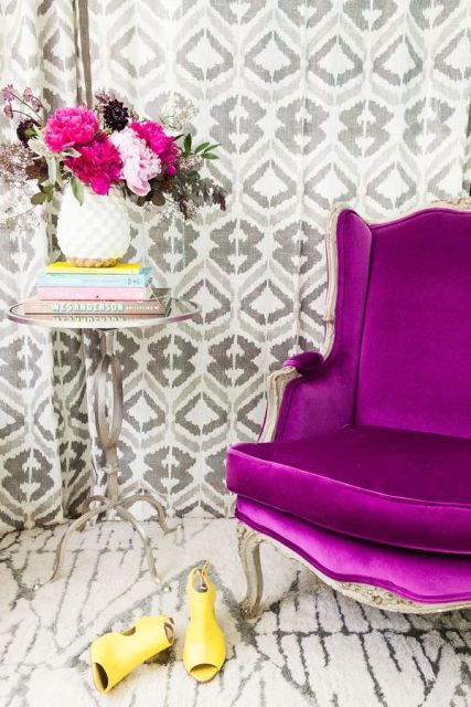 Purple decorative touches4