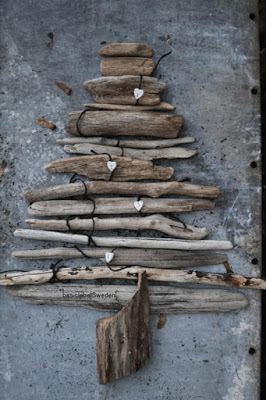 Christmas tree ideas from log and branches37