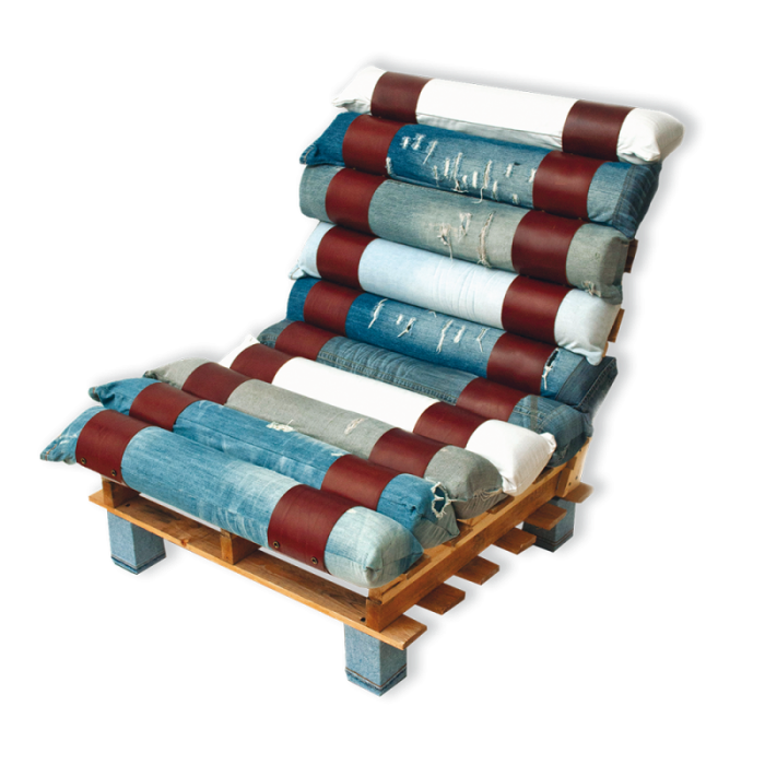 Armchair made from pallets and jeans2