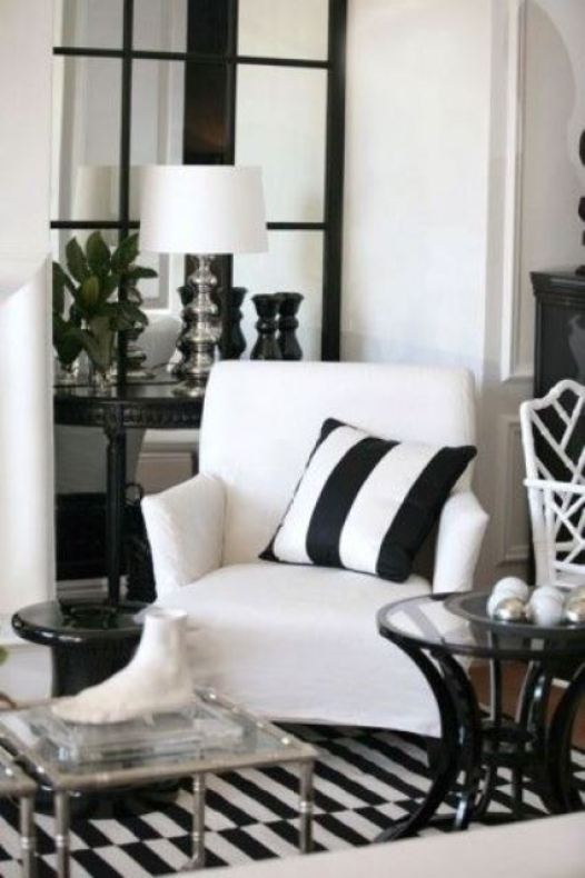 black and white stripes decor2