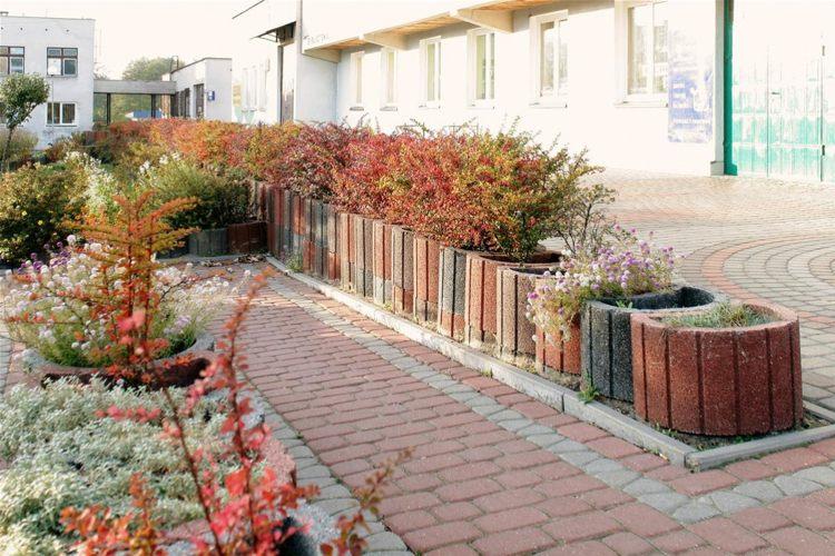 Concrete garden jardinières (7)