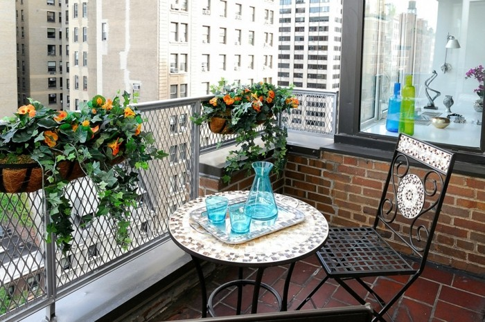 small balcony ideas16