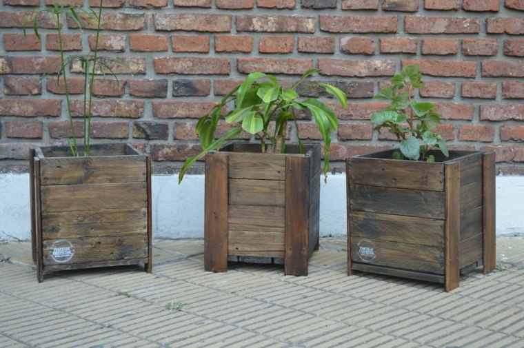 Pallet wooden planter ideas20
