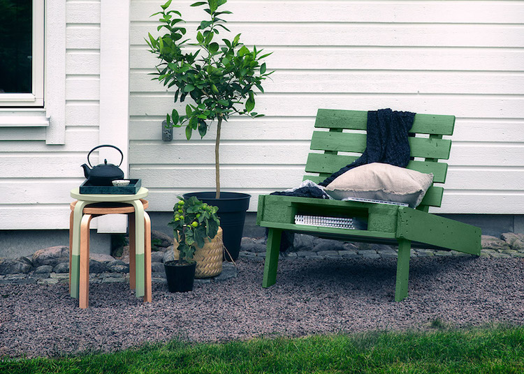 Pallet garden furniture2