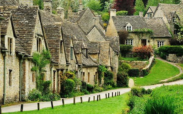 Bibury Incredible beauty in the English province2