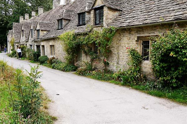 Bibury Incredible beauty in the English province7