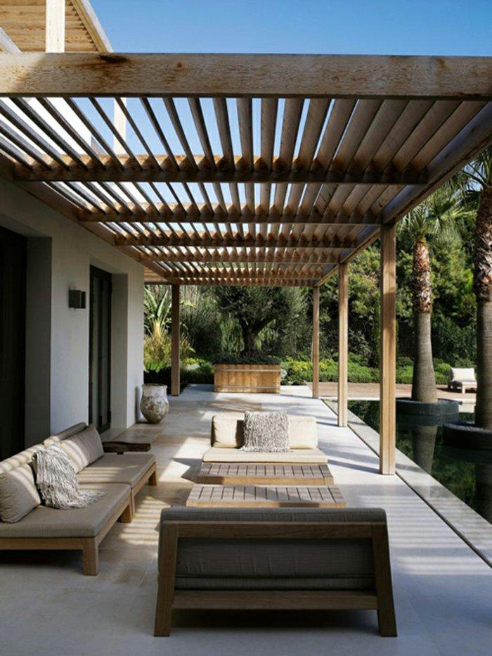 Garden with pergola15