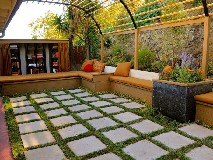 Garden with pergola5