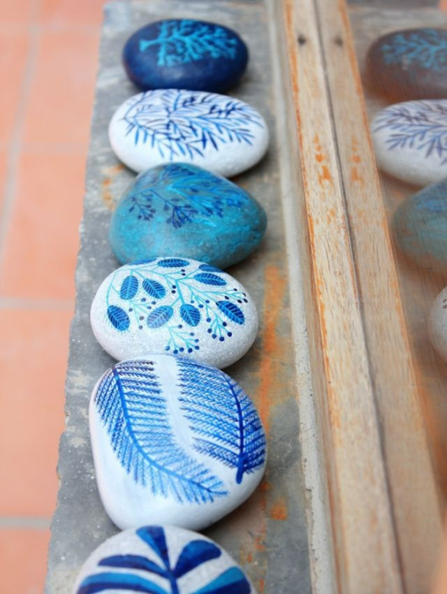 pebble painting ideas9