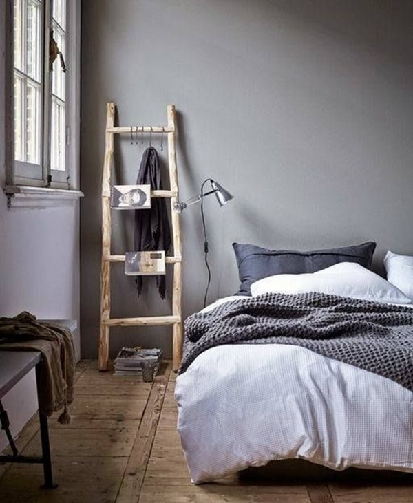 Decorating with ladders (11)