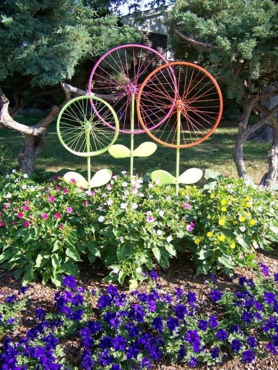 DIY by recycling bicycle wheels18