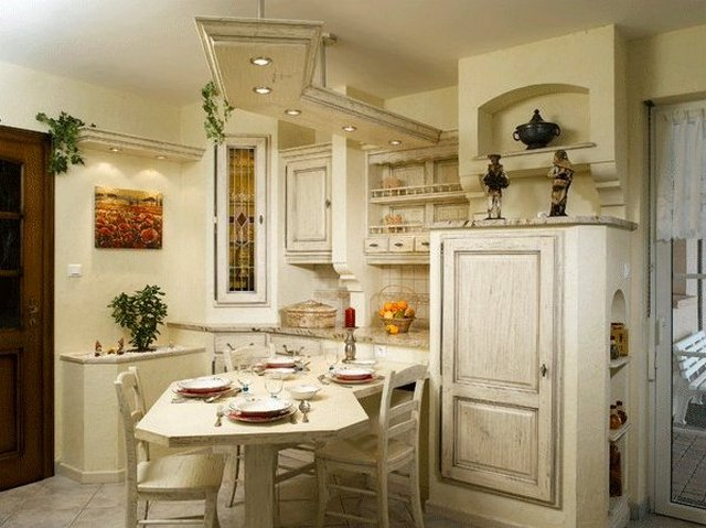 small kitchen in the style of Provence32