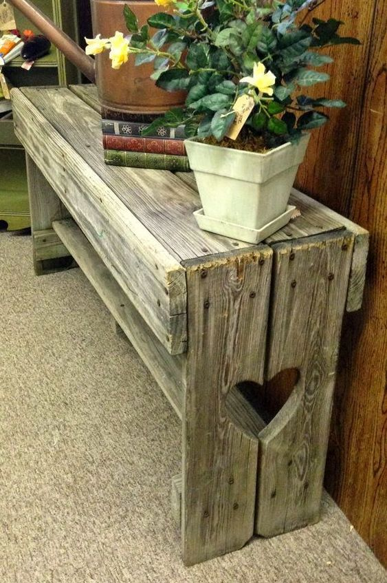 DIY pot stands from pallets10