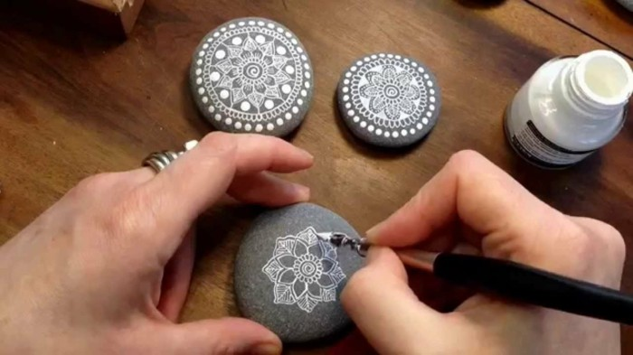 The ultimate guide for DIY rock painting and craft ideas13