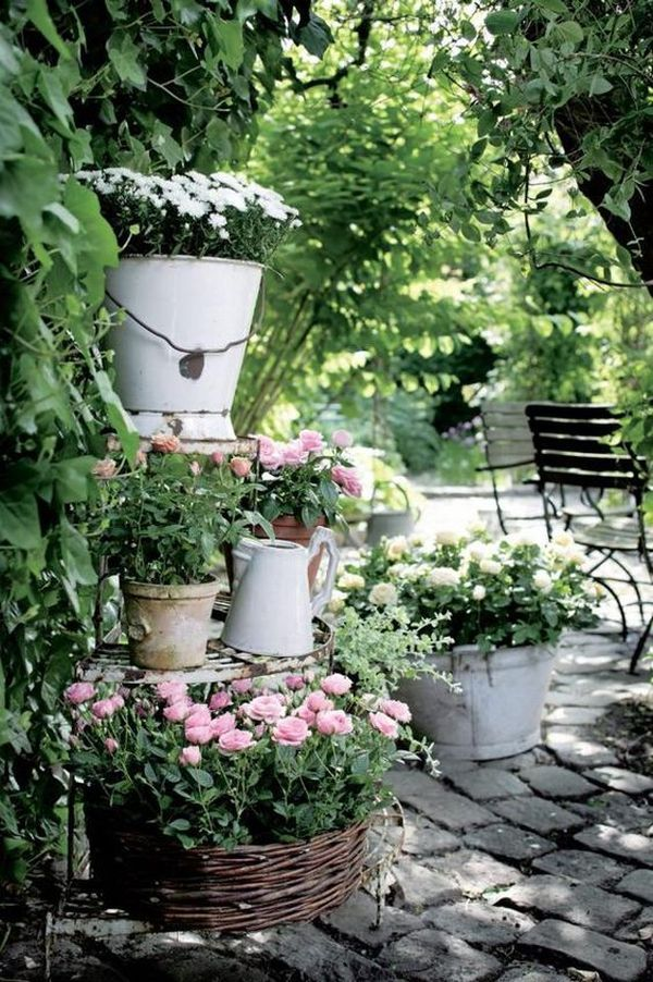 How To Make Wonderful Vintage Gardens With Old Recycled Objects My Desired Home