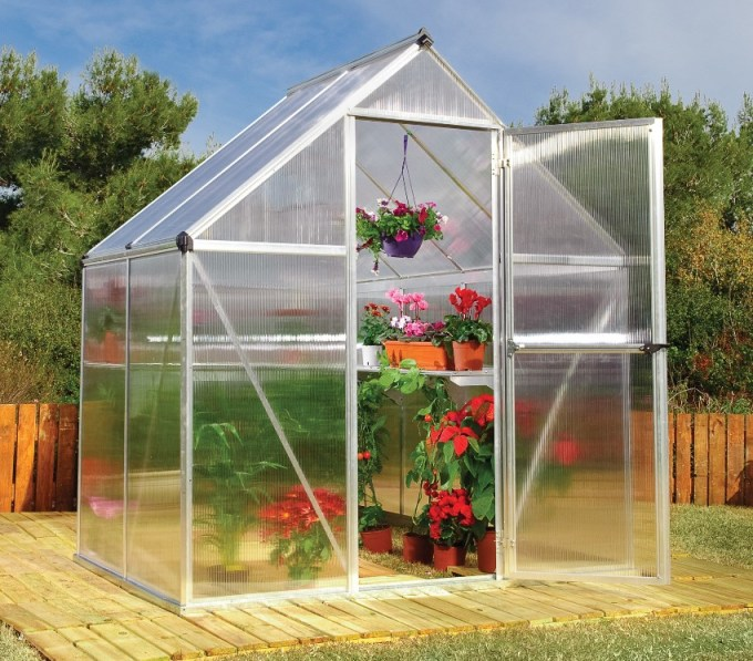 24 Fantastic Backyard Vegetable Garden Ideas: Small Greenhouse Ideas In The Garden And The Yard, 63