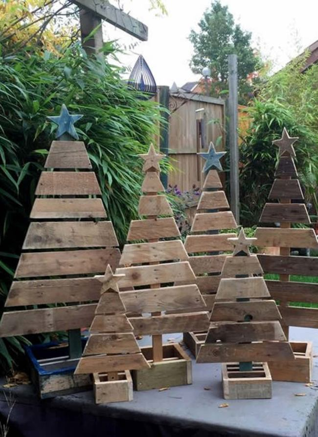 Wonderful DIY Christmas trees from pallets | My desired home