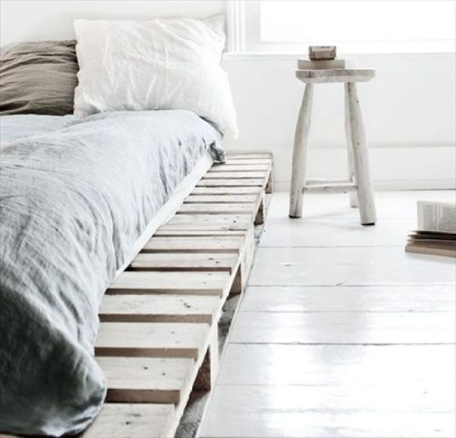 Cool DIY ideas for white pallet bed frames | My desired home