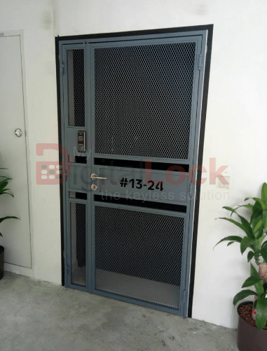 pet-friendly-mesh-hdb-gate-design-2-with-laser-cut-unit-number