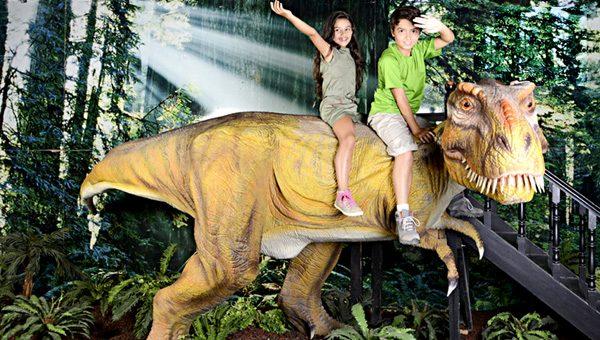 Shopping Mall Kiddie Mini Shunosaurus Dinosaur Scooter Rides