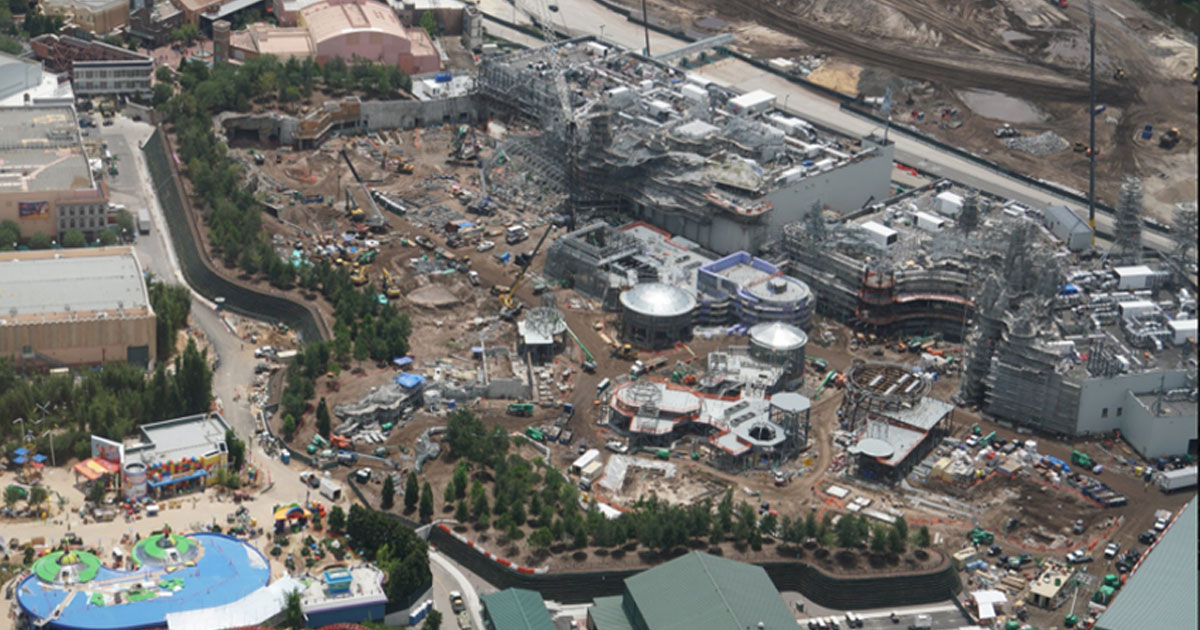 UPDATE: Latest On Galaxy's Edge Construction at Hollywood ...