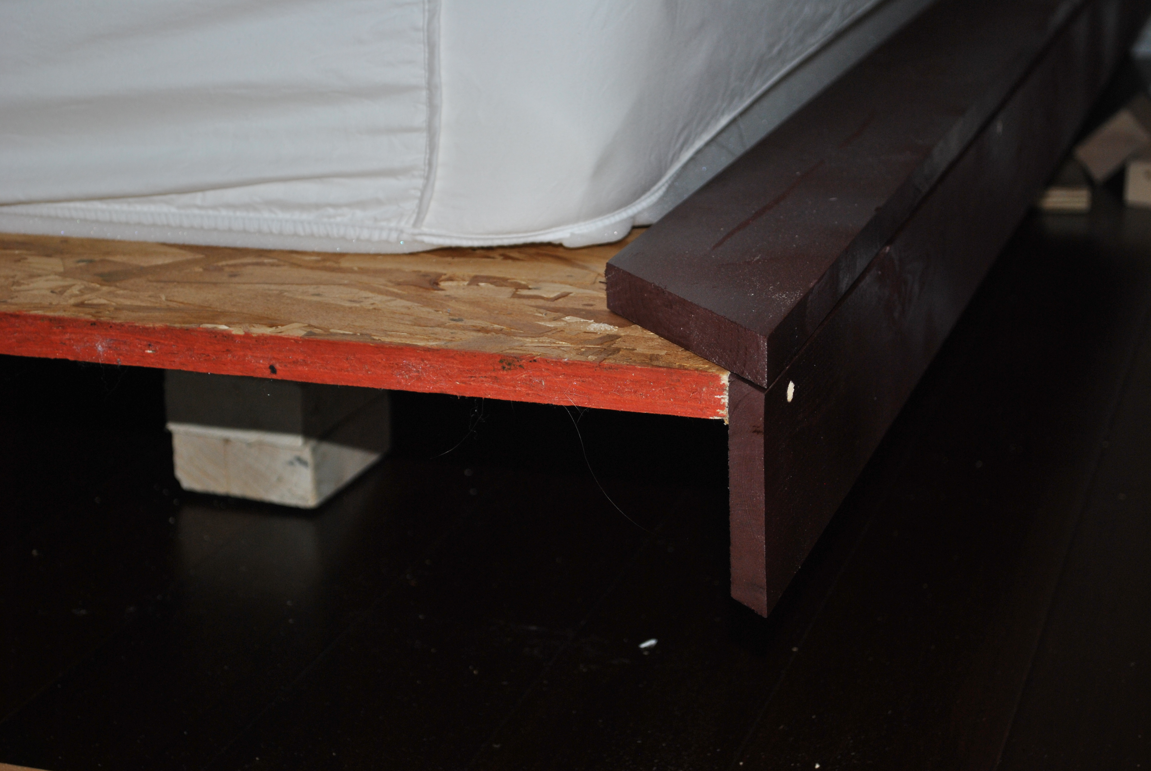 25 Floating King Platform Bed Dave And Kelly Davis