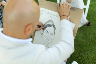 Карикатурист на свадьбу