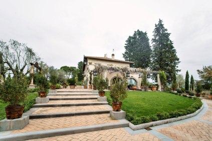 Villa Corbinaia. Wedding location in Tuscany