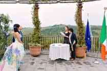 Official wedding in Tuscany