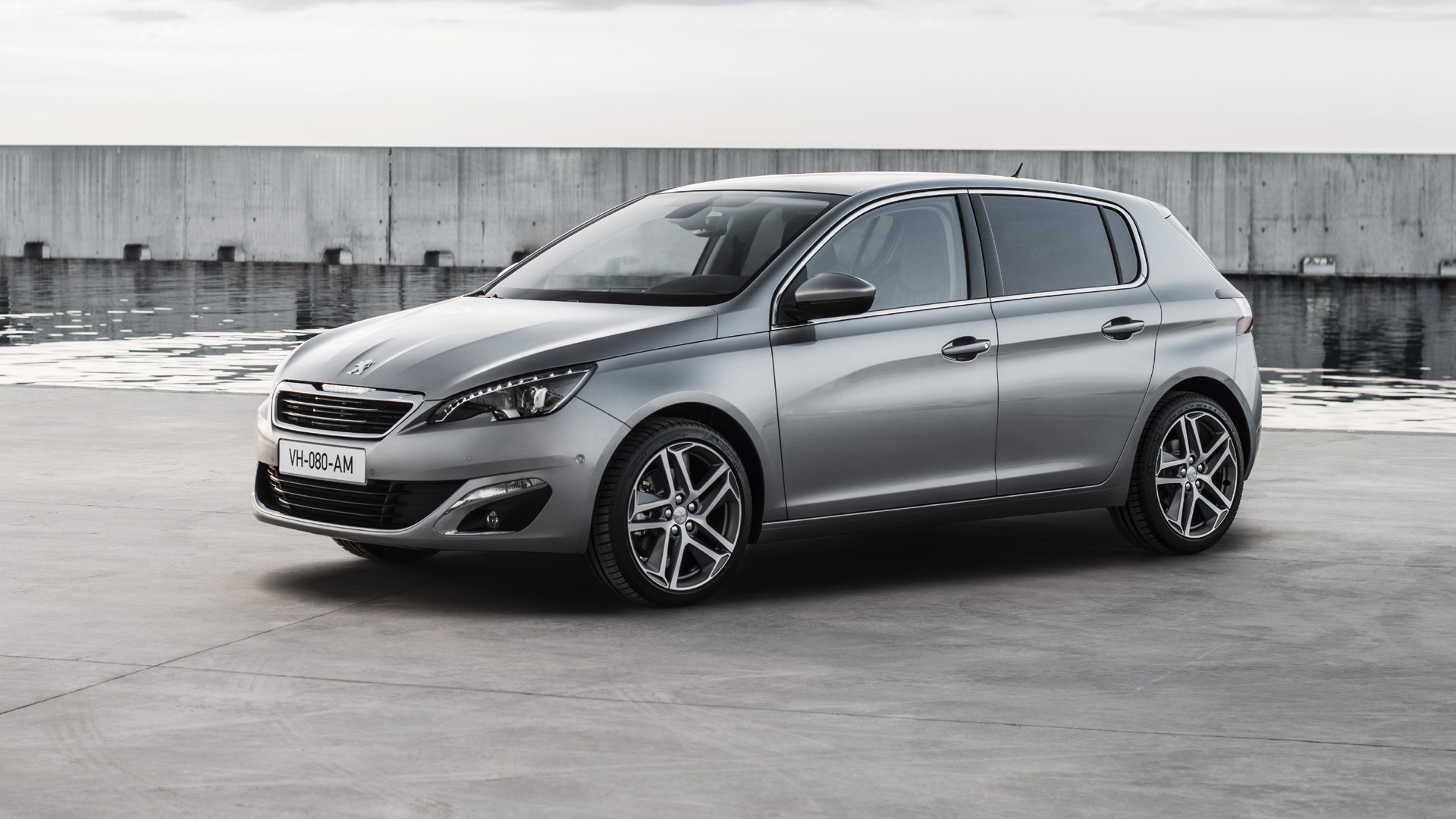 INTRODUCING THE NEW PEUGEOT 308