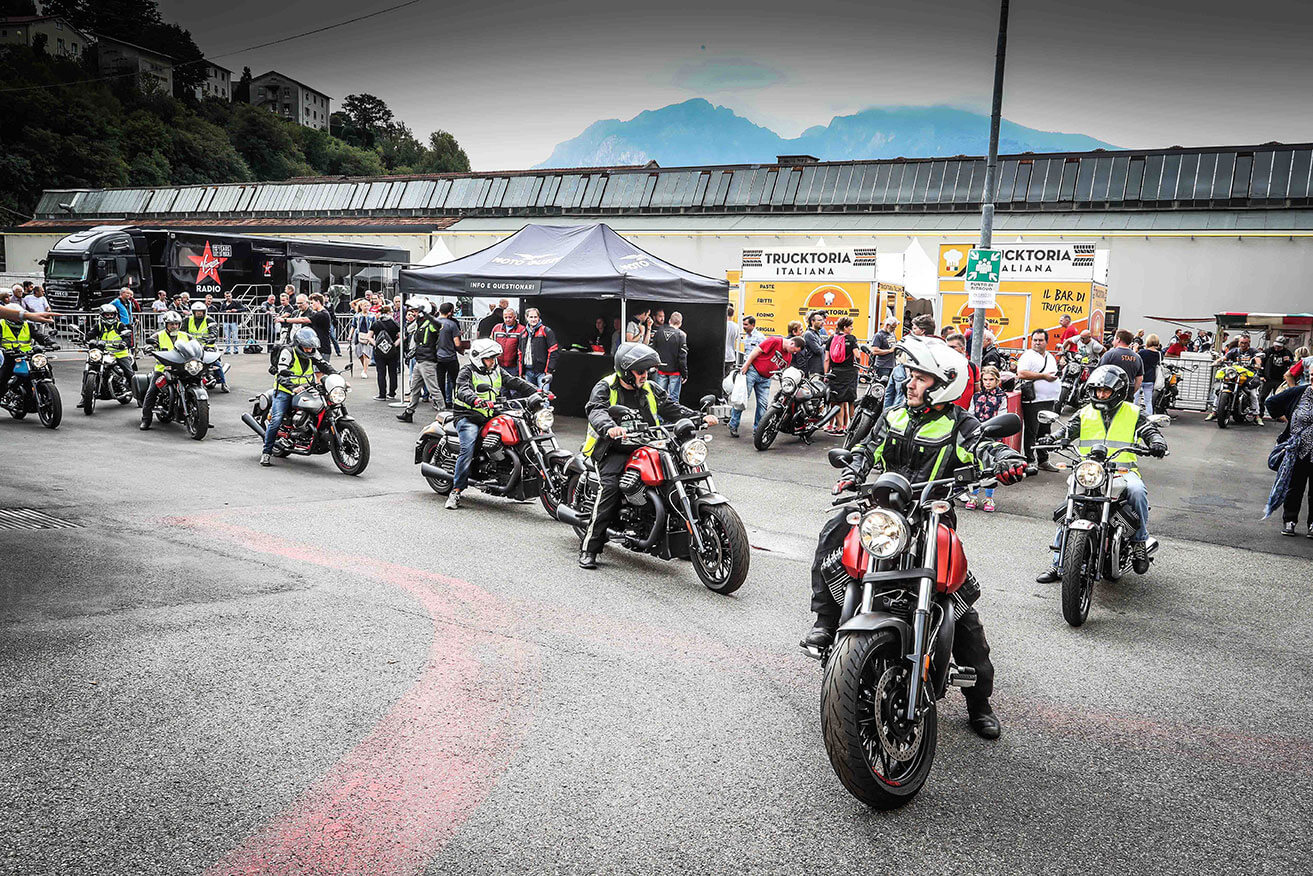 The inclement weather did not stop the passion for Moto Guzzi