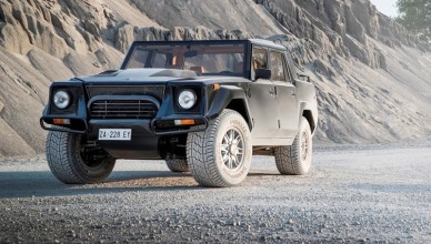 Lamborghini Looks Back on its First SUV : The LM002