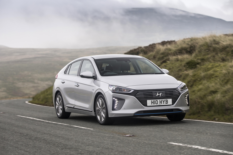What Car? names the Hyundai IONIQ as Best Hybrid at 2018 award ceremony