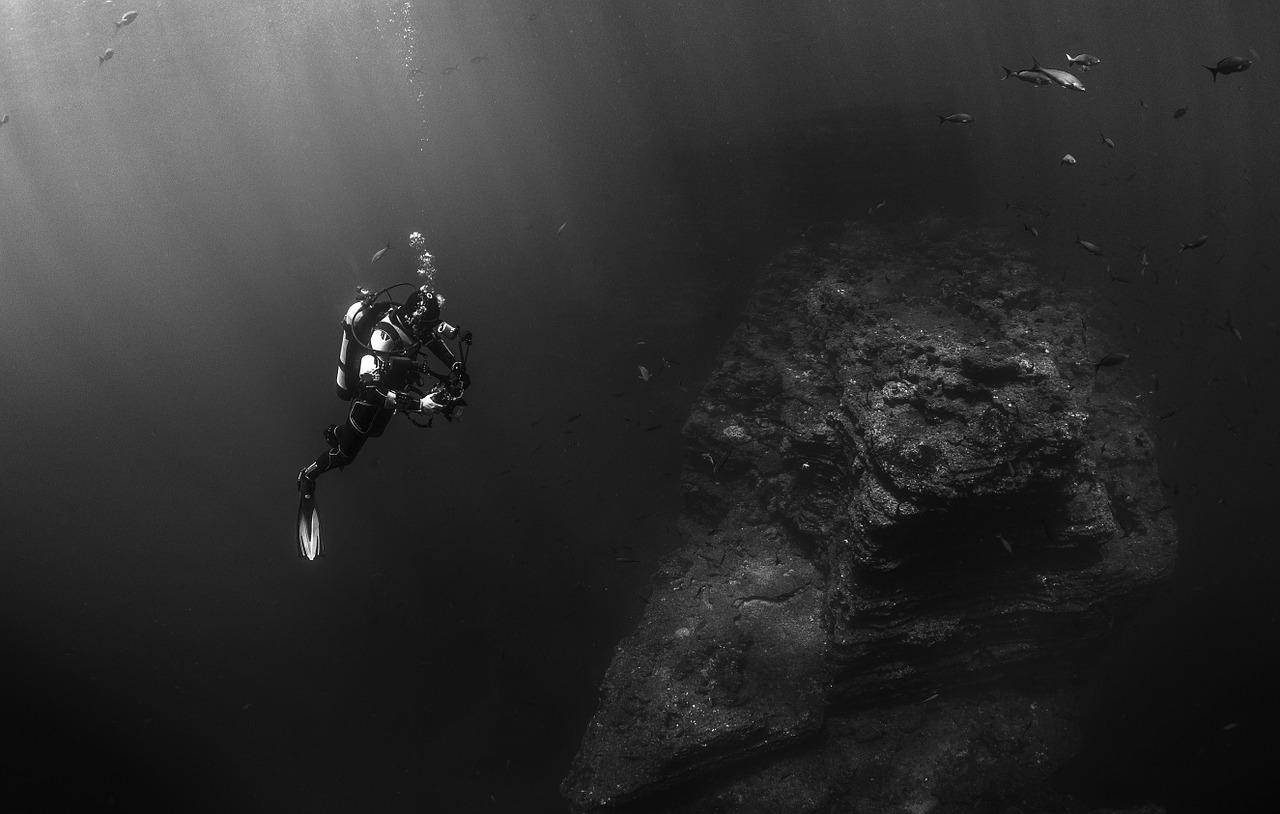 Underwater Drones Featured Image