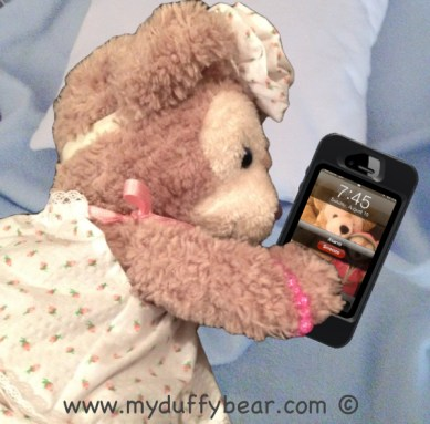 Duffy the Disney Bear's girlfriend, ShellieMay demonstrates Snooze Button Technique