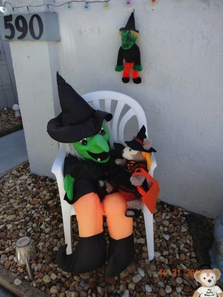 ShellieMay the Disney Bear chats with the Halloween Witch