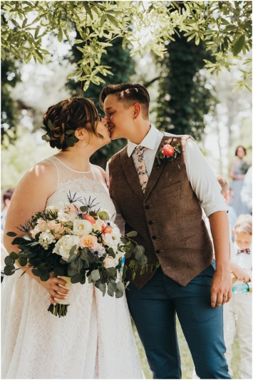 Ecclectic & Carefree Wedding Theme Inspiration
