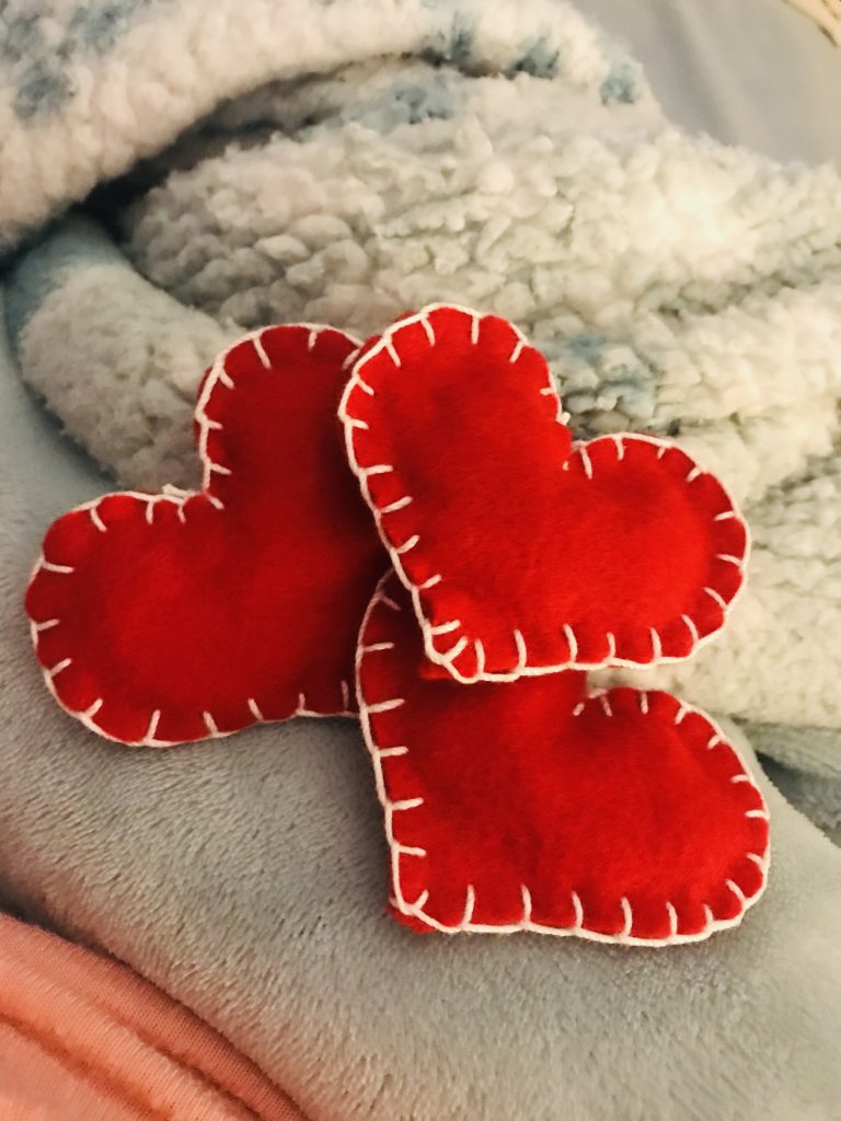 red felt hearts for garland