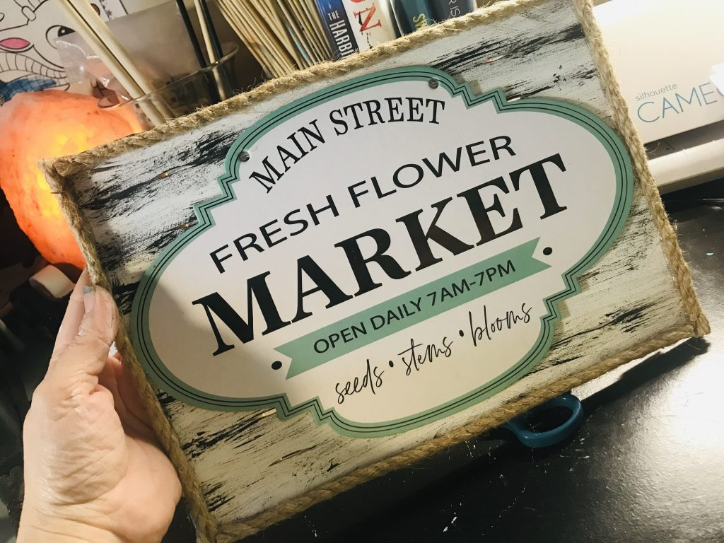rustic flower sign | Dollar Store Spring Decor | Spring Decorating Ideas | Cheap Floral Decor | Cheap Rustic Decor