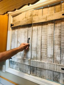 DIY Wood Shutters | kitchen shutters made with pallet wood | farmhouse shutters | farmhouse kitchen decor