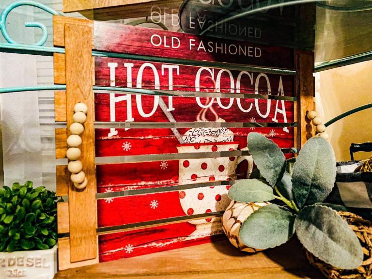 Hot cocoa pallet wood tray