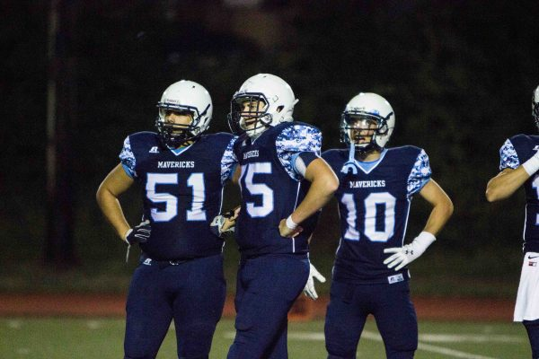 Bailey Walsh, Spencer Stark and Donavon Evans on the field. (Photo by Brandon Jennings)