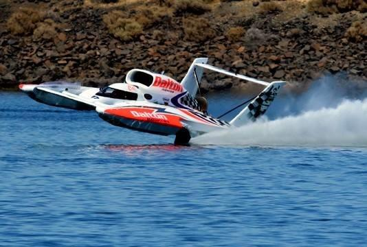 Cal Phipps has a scary ride in the Dalton Industries hydroplane. (Photo by Owen Blauman)