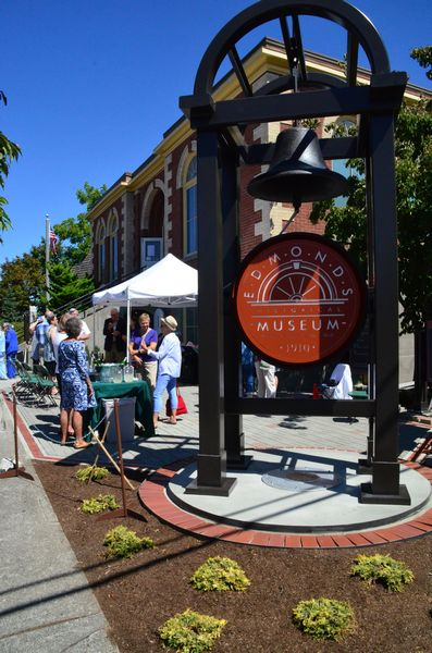 Visitors celebrate the new Edmonds Museum Plaza South Plaza unveiling. (Photos by Larry Vogel)