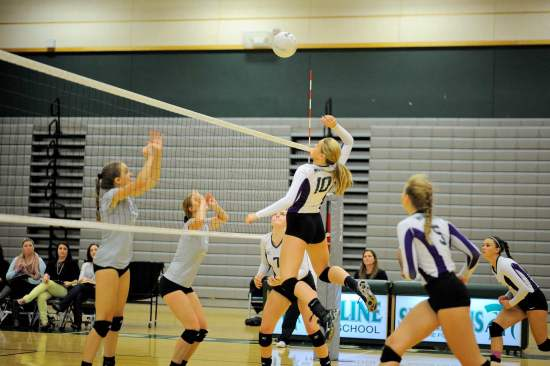 Edmonds-Woodway Missy Peterson gets ready to smash the ball against Skyline.
