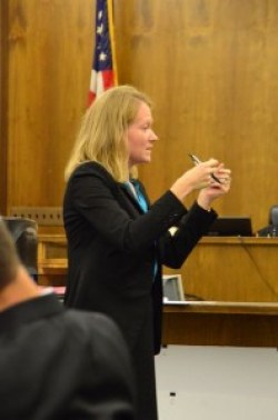 Bartlett points out to the jury inconsistencies in the prosecution's case.