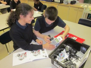 Students working on STEM projects. (Photo courtesy Holy Rosary School)