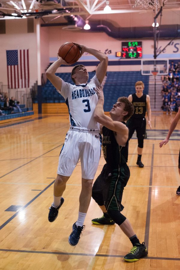 Prep boys basketball Meadowdale downs MarysvilleGetchell