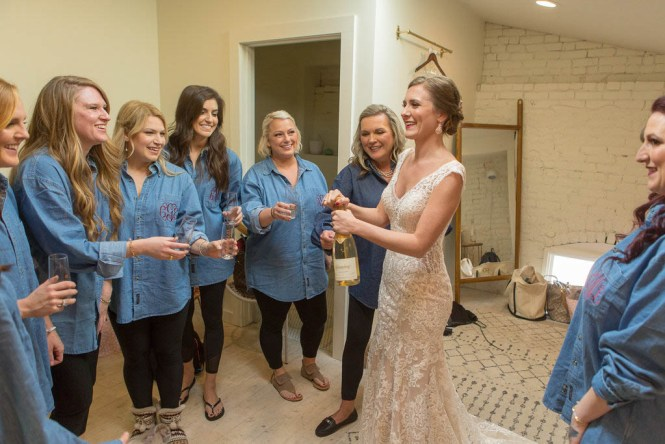 april-and-gonzo-austin-wedding-37
